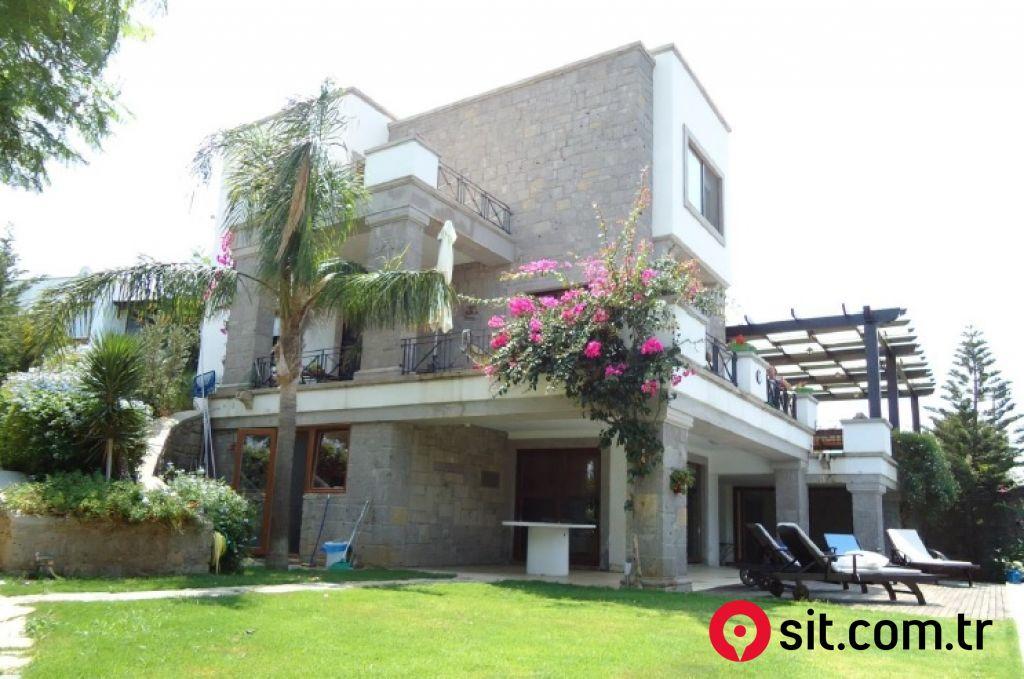 Satılık Emlak - Villa MUĞLA, BODRUM, GÖKÇEBEL MAH. 680 m² 1,250,000