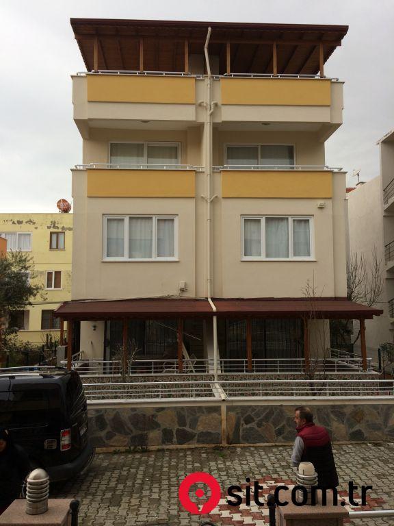 Satılık Emlak - Tripleks BALIKESİR, EDREMİT, ŞAHİNDERESİ MAH. 210 m² 700,000