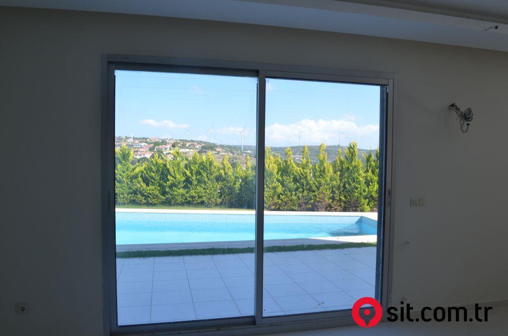 Satılık Emlak - Villa İZMİR, ÇEŞME, İNÖNÜ MAH. 150 m² 1,150,000